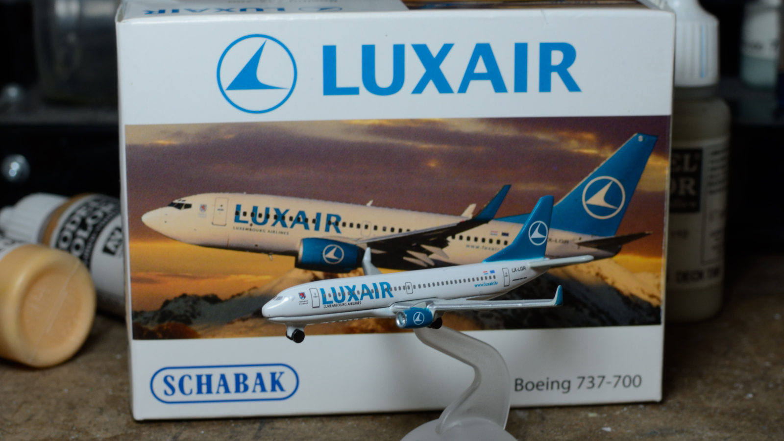 1:600 Luxair 737-700 (produced by Schabak)