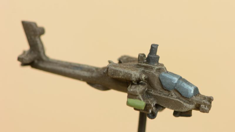 AH64-Apache-04