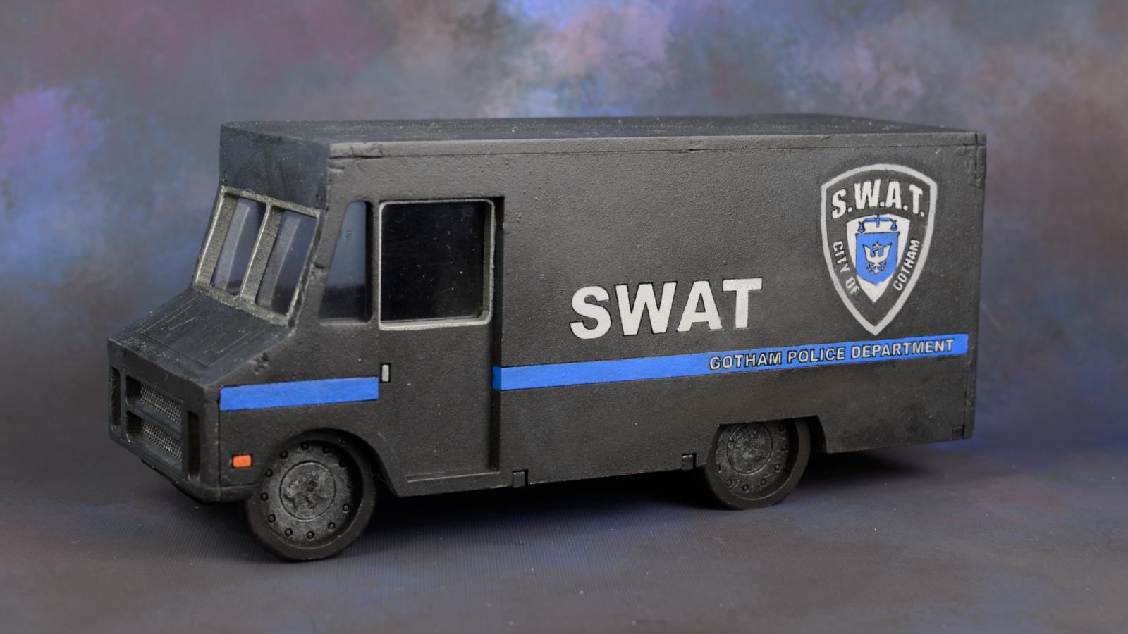 SWAT-Van-01